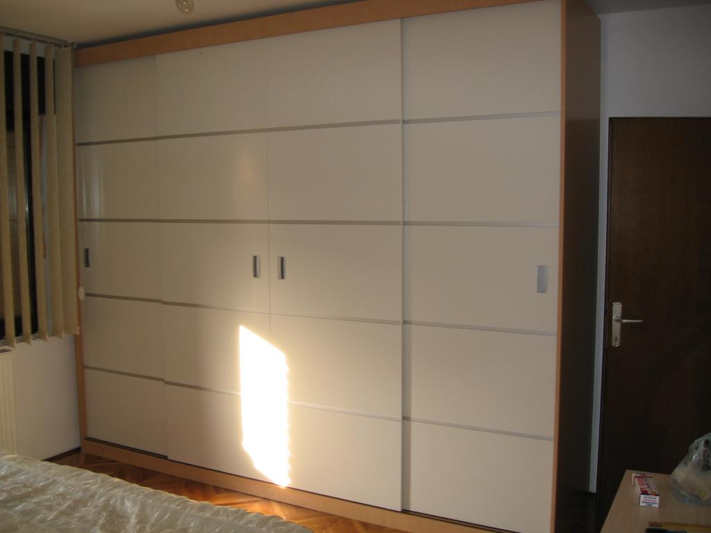 armoire murale2